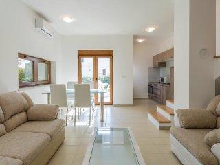4 bedroom Villa in Filipini, , Croatia : ref 5549751