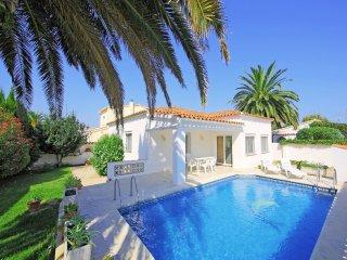 3 bedroom Villa in Empuriabrava, Catalonia, Spain : ref 5549620