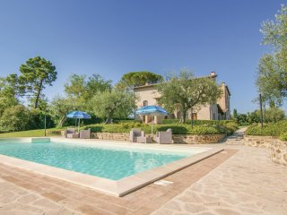 9 bedroom Villa in L'Osteriaccia, Umbria, Italy : ref 5549577