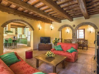 4 bedroom Villa in Barchi, The Marches, Italy : ref 5549464
