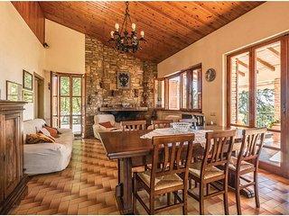 4 bedroom Villa in Monte del Lago, Umbria, Italy : ref 5549433