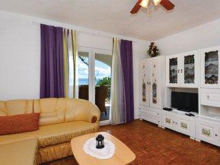 4 bedroom Apartment in Sućuraj, Splitsko-Dalmatinska Županija, Croatia : ref 554
