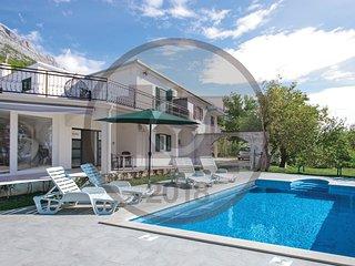 4 bedroom Villa in Brela, Splitsko-Dalmatinska Županija, Croatia : ref 5549416