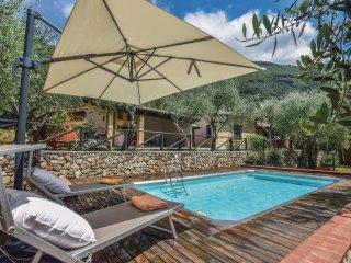 3 bedroom Villa in Montebello, Tuscany, Italy : ref 5549355