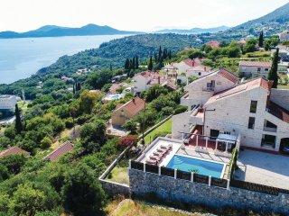 6 bedroom Villa in Poljice, Dubrovačko-Neretvanska Županija, Croatia : ref 55493