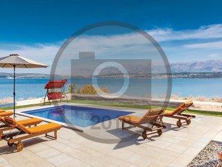 5 bedroom Villa in Novigrad, Zadarska Zupanija, Croatia : ref 5549221