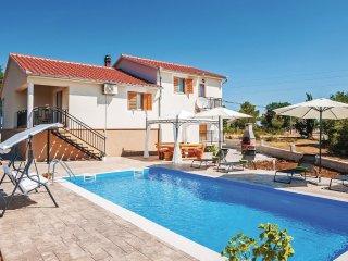 4 bedroom Villa in Sikovo, Zadarska Županija, Croatia : ref 5549214