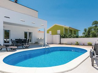 3 bedroom Villa in Kastelina, Zadarska Zupanija, Croatia : ref 5549211