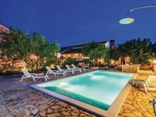 4 bedroom Villa in Opačići, Zadarska Županija, Croatia : ref 5549189
