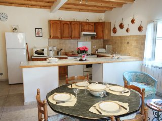 2 bedroom Villa in Mas-Blanc-des-Alpilles, Provence-Alpes-Côte d'Azur, France :