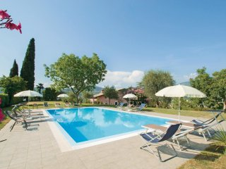 3 bedroom Apartment in Garda, Veneto, Italy : ref 5548454