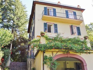 6 bedroom Villa in Quercia, Tuscany, Italy : ref 5548397