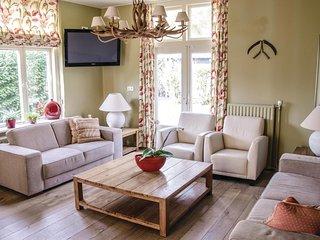 6 bedroom Villa in De Bult, Provincie Overijssel, Netherlands : ref 5548276