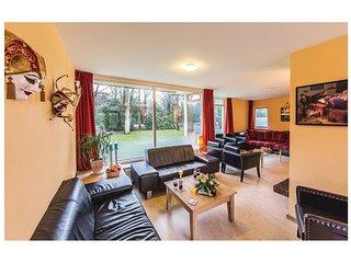 8 bedroom Villa in De Bult, Provincie Overijssel, Netherlands : ref 5548281