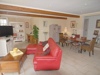 3 bedroom Villa in Méjannes-lès-Alès, Occitania, France : ref 5548198