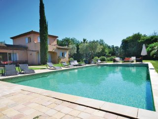 3 bedroom Villa in Ramatuelle, Provence-Alpes-Cote d'Azur, France : ref 5548161