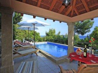 4 bedroom Villa in Potirna, Dubrovacko-Neretvanska Zupanija, Croatia : ref 55478