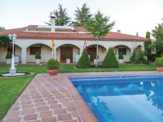 6 bedroom Villa in Villamayor de Treviño, Castille and León, Spain : ref 5547798