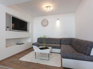 3 bedroom Apartment in Barutana, Splitsko-Dalmatinska Županija, Croatia : ref 55
