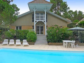 4 bedroom Villa in Lacanau-Océan, Nouvelle-Aquitaine, France : ref 5547661