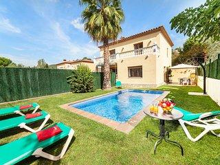 4 bedroom Apartment in Sant Antoni de Calonge, Catalonia, Spain : ref 5547660