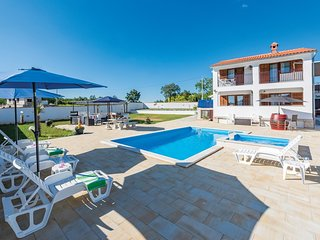 4 bedroom Villa in Petrici, Istria, Croatia : ref 5547628