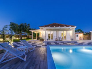 2 bedroom Villa in Sarakinado, Ionian Islands, Greece : ref 5547560