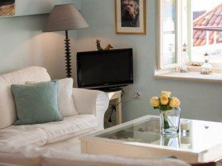 4 bedroom Apartment in Kut, Splitsko-Dalmatinska A1/2upanija, Croatia : ref 554755