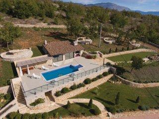 4 bedroom Villa in Ercegovci, Sibensko-Kninska Zupanija, Croatia : ref 5547507