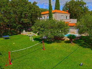 4 bedroom Villa in Durovici, Dubrovacko-Neretvanska Zupanija, Croatia : ref 5547