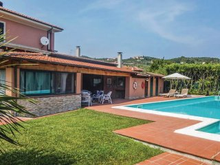 2 bedroom Apartment in Corradi, Liguria, Italy : ref 5547100