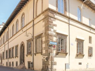 3 bedroom Apartment in Lucca, Tuscany, Italy : ref 5547090