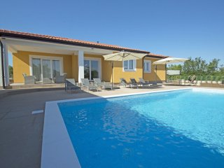 3 bedroom Villa in Kunj, Istria, Croatia : ref 5547046