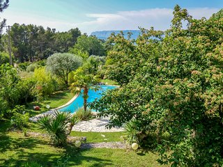 4 bedroom Villa in Trets, Provence-Alpes-Côte d'Azur, France : ref 5547043