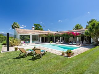 4 bedroom Villa in Alcalar, Faro, Portugal : ref 5546928