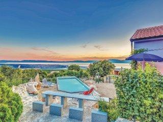 4 bedroom Villa in Šmrika, Primorsko-Goranska Županija, Croatia : ref 5546849