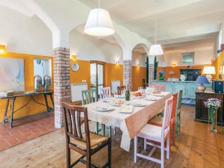 5 bedroom Villa in Pilonico Materno, Umbria, Italy : ref 5546694