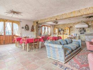 6 bedroom Villa in Sambuchi, Sicily, Italy : ref 5546594