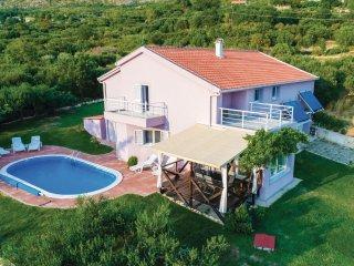 3 bedroom Villa in Petraca, Dubrovacko-Neretvanska Zupanija, Croatia : ref 55463