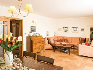 3 bedroom Villa in Orašac, Dubrovačko-Neretvanska Županija, Croatia : ref 554627