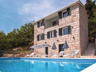 3 bedroom Villa in Katuni, Splitsko-Dalmatinska Zupanija, Croatia : ref 5546265