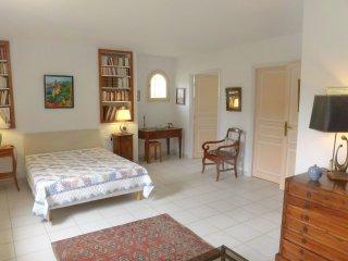 """3 bedroom Villa in Bormes-les-Mimosas, Provence-Alpes-CA""""te d'Azur, France : ref"""