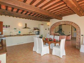 3 bedroom Villa in Colombaiolo, Tuscany, Italy : ref 5546149