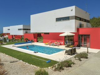 3 bedroom Villa in Ribamar, Lisbon, Portugal : ref 5546109