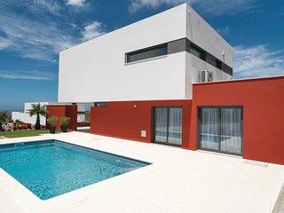 3 bedroom Villa in Ribamar, Lisbon, Portugal : ref 5546090