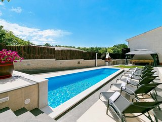 4 bedroom Apartment in Beram, Istria, Croatia : ref 5546063