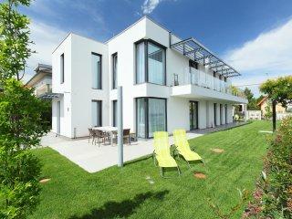 3 bedroom Apartment in Balatonfüred-fürdő, Veszprém megye, Hungary : ref 5546014