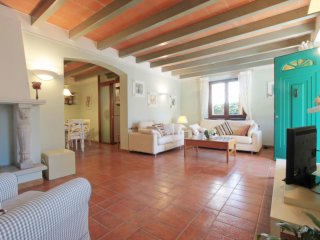 4 bedroom Villa in Forte dei Marmi, Tuscany, Italy : ref 5546019