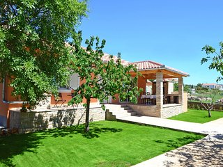 3 bedroom Villa in Goles Makarska, Zadarska Zupanija, Croatia : ref 5546009