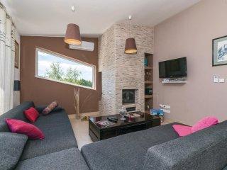 6 bedroom Villa in Lackovici, Zagreb County, Croatia : ref 5545947